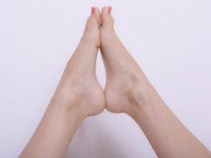 足も、太腿も細くなっています01