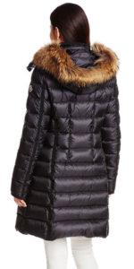 今年の冬は暖冬だそう。しかし私はしっかりダウンのコートを着ています