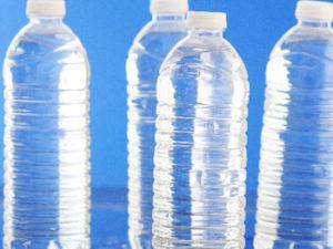 ダイエットのためとはいえお水を大量に飲むのってつらいのね