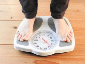 今日は、久しぶりに自宅の体重計に乗ってみました