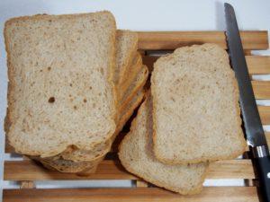 全粒粉パンやライ麦100%パン